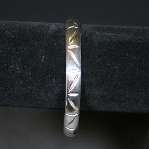Jewelry - Southwest Sterling Silver Bangle